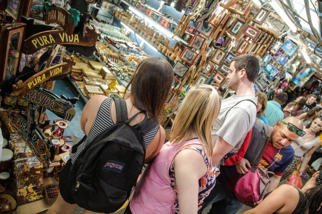 A group of high school volunteers explore a market in Costa Rica.